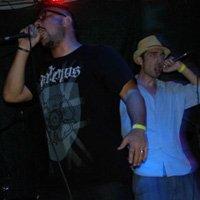Снимки и видео от концерта на P.O.Box, La Muchedumbre и Nina School