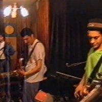 Гледай част от концерт на шуменците Глоба през 1999-та